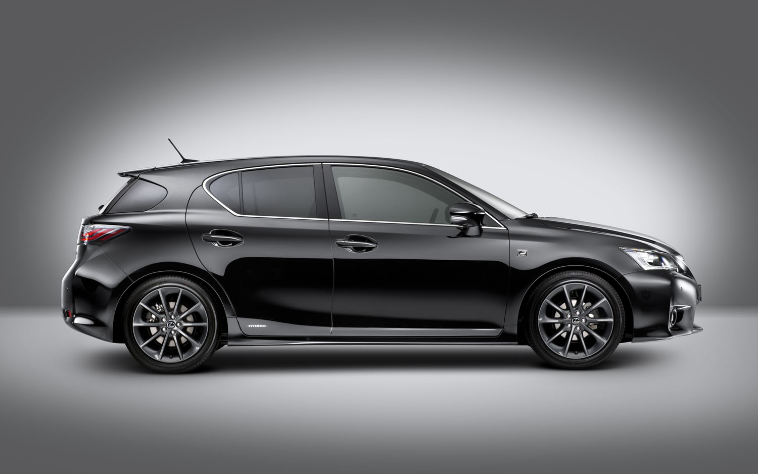Lexus CT 2013 photo - 2