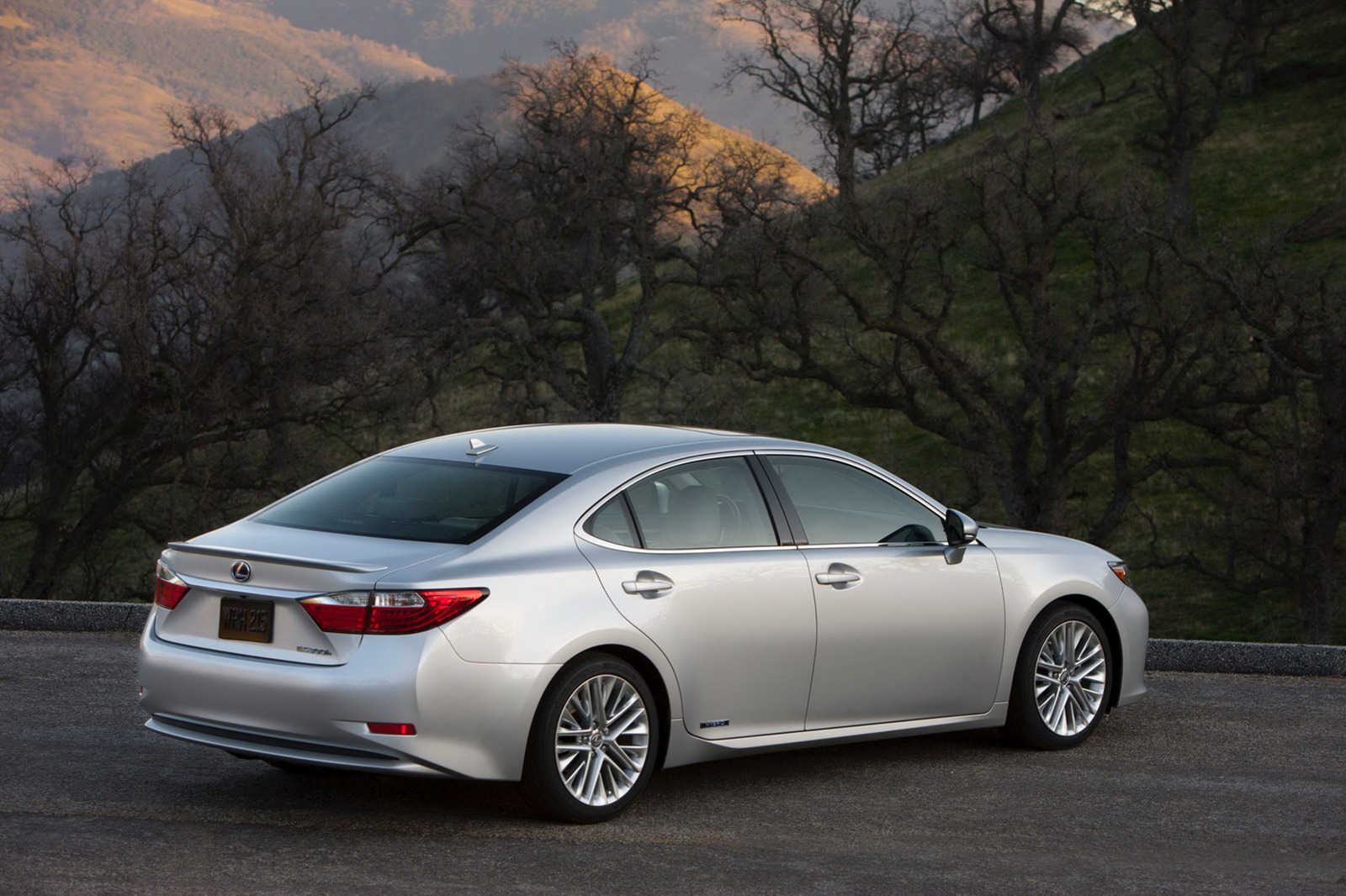 Lexus es 2013 photo - 1