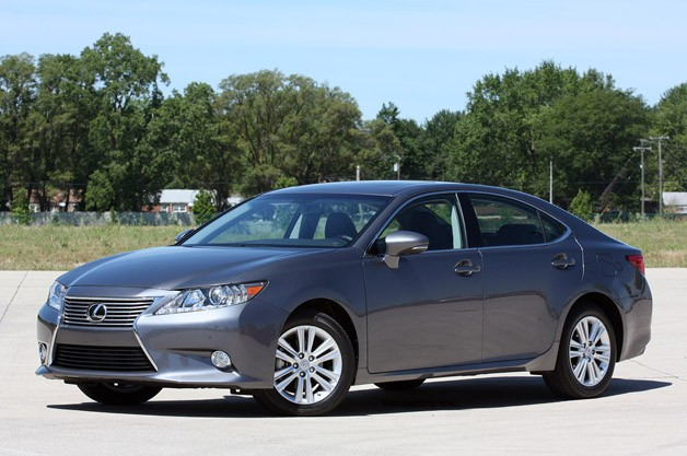 Lexus ES 2014 photo - 2
