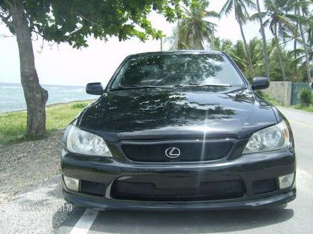 Lexus IS 200 2000 photo - 2