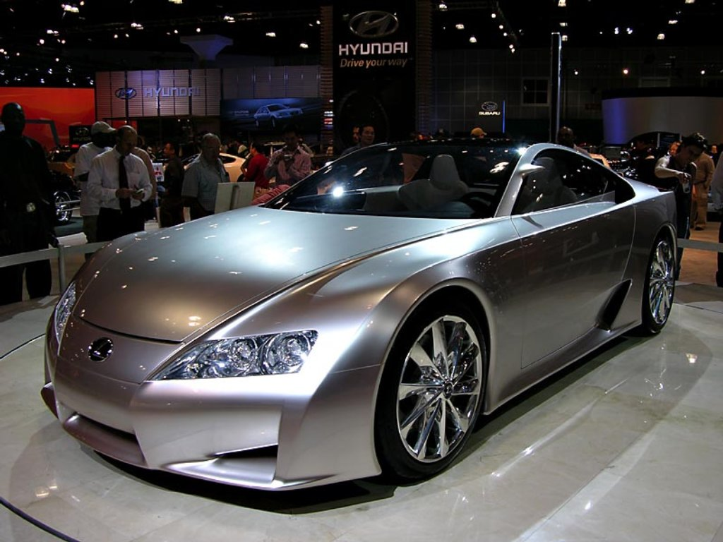Lexus IS 200 2014 photo - 5