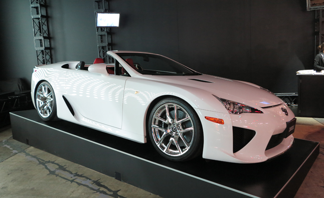 Lexus LFA 2014 photo - 3