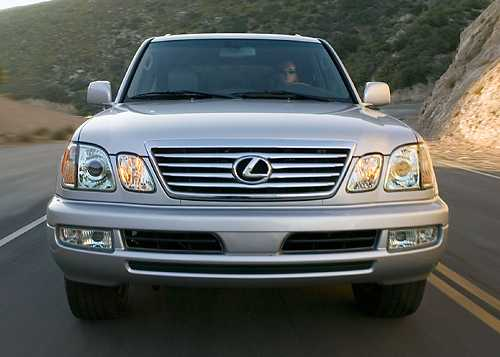 Lexus LX 2006 photo - 5