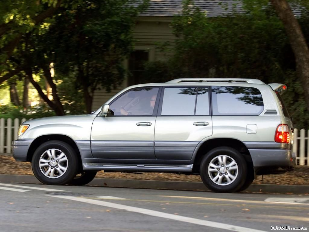 Lexus LX 470 1999 photo - 4
