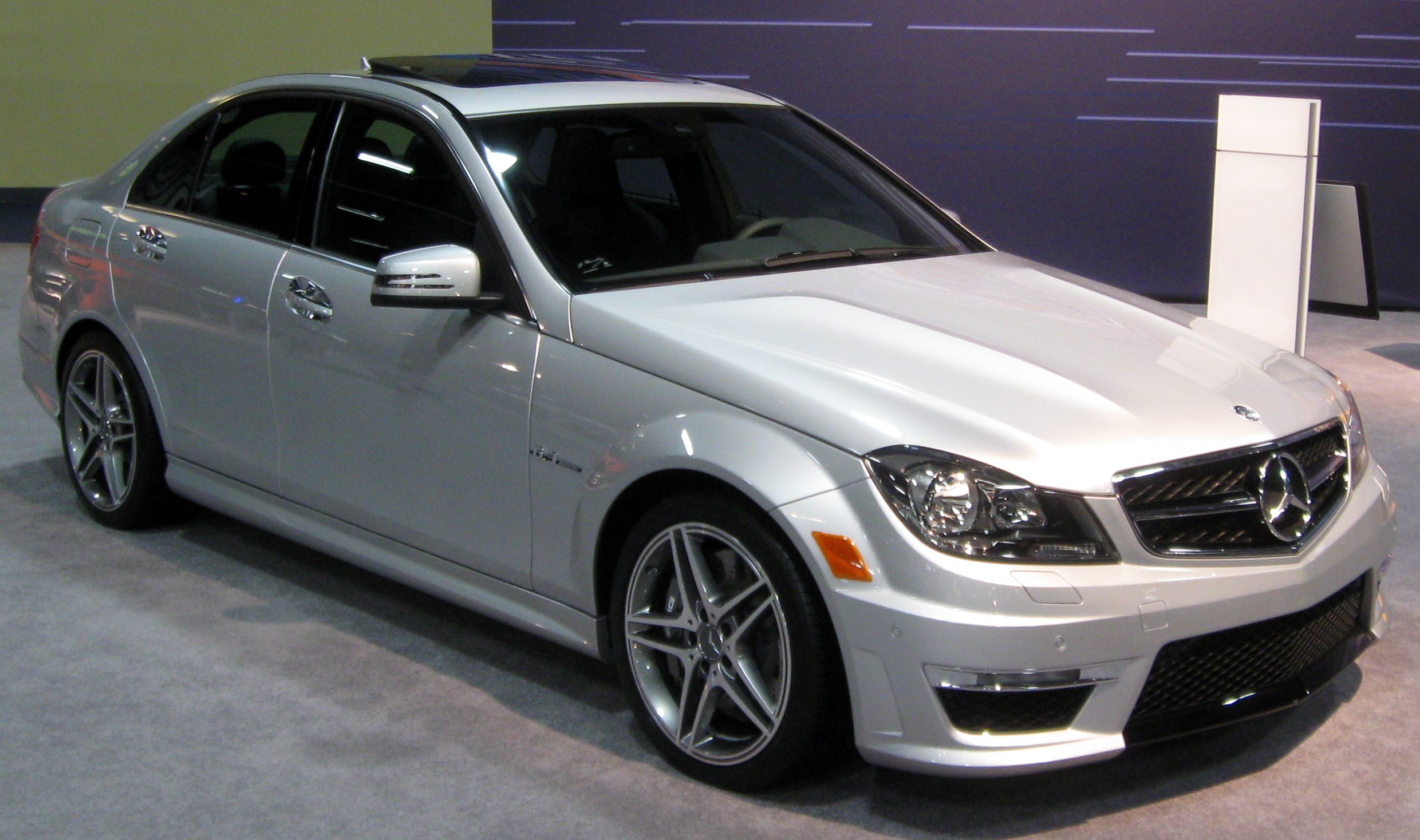 Mercedes Benz C Class 2010 Review Amazing Pictures And Images
