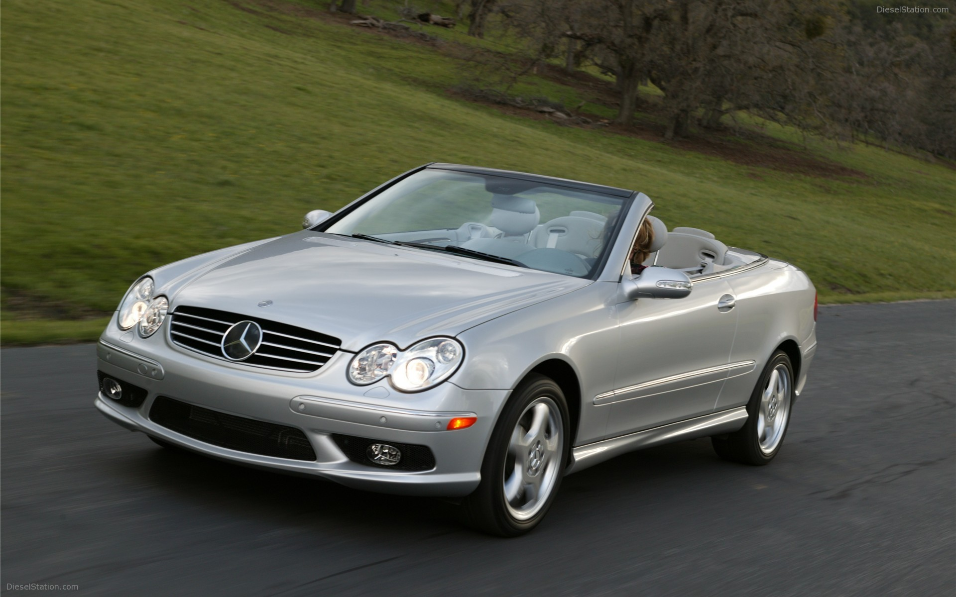 Mercedes benz clk 2015 review amazing pictures and for Mercedes benz new cars 2015