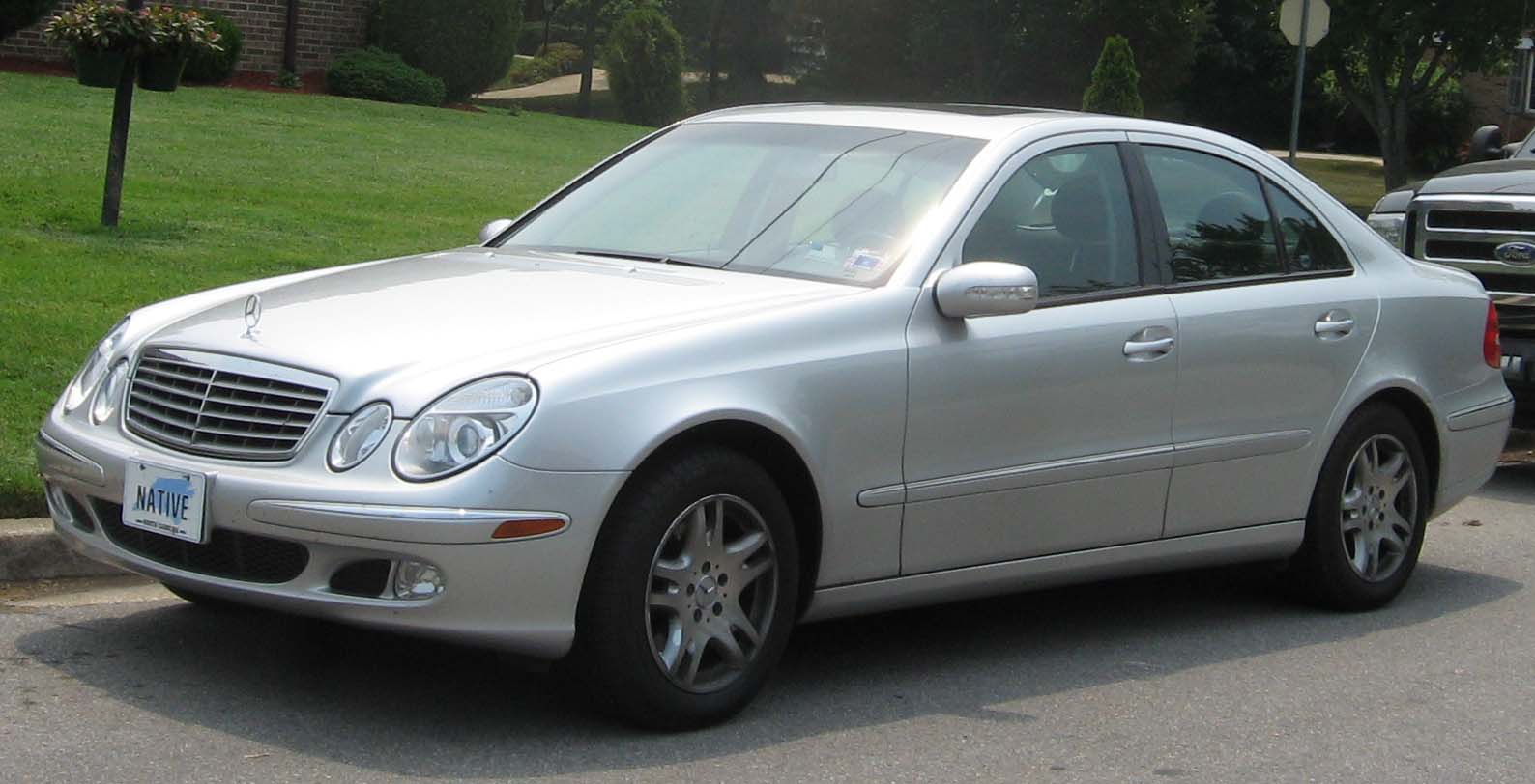 Mercedes benz e320 2000 review amazing pictures and for Mercedes benz 2000 e320