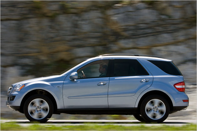 Mercedes benz ml320 2002 review amazing pictures and for Mercedes benz ml320 2002