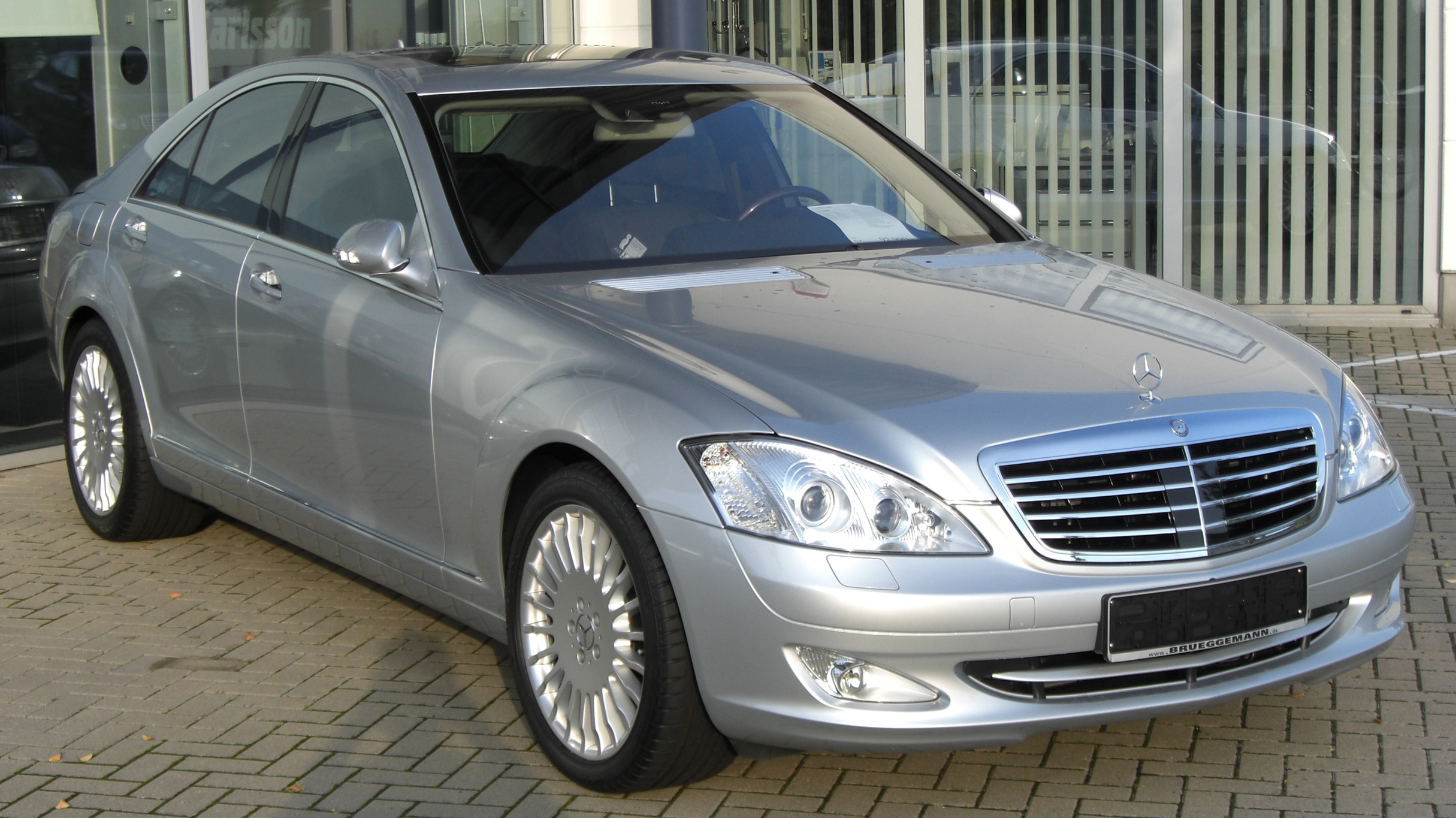 Mercedes Benz S500 2003 Review Amazing Pictures And