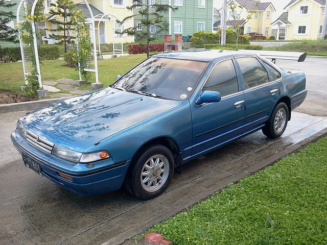 Nissan Cefiro 1990 photo - 3