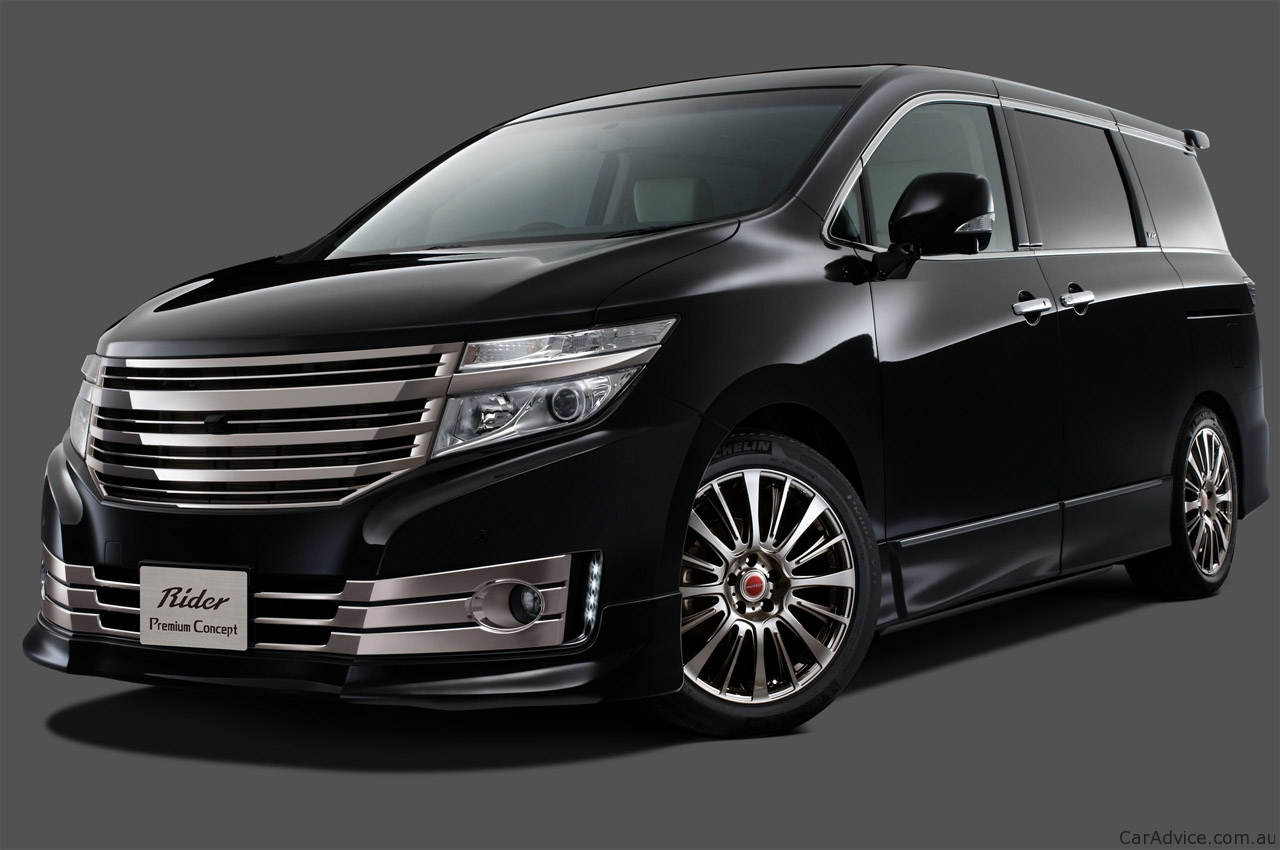 Nissan Elgrand 2011 photo - 2