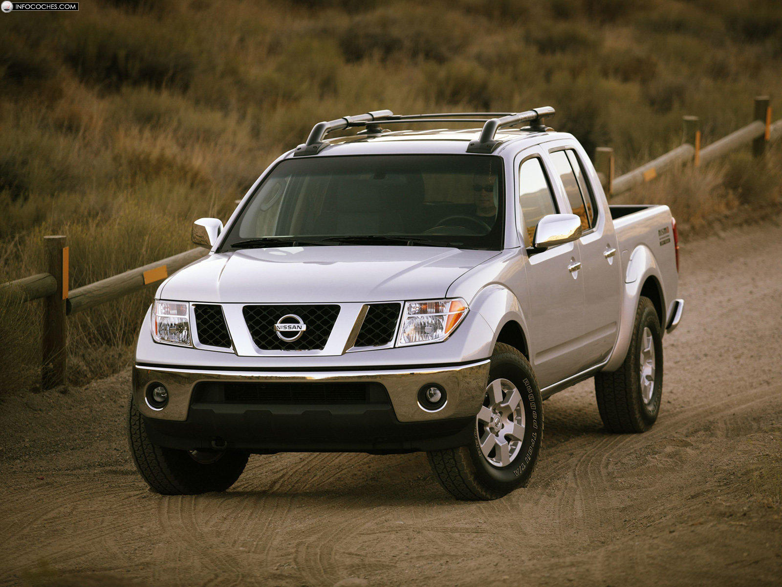 Nissan Frontier 2005 photo - 2