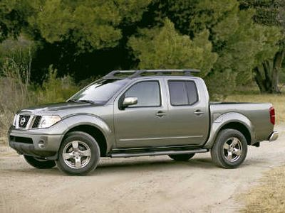 Nissan Frontier 2005 photo - 3
