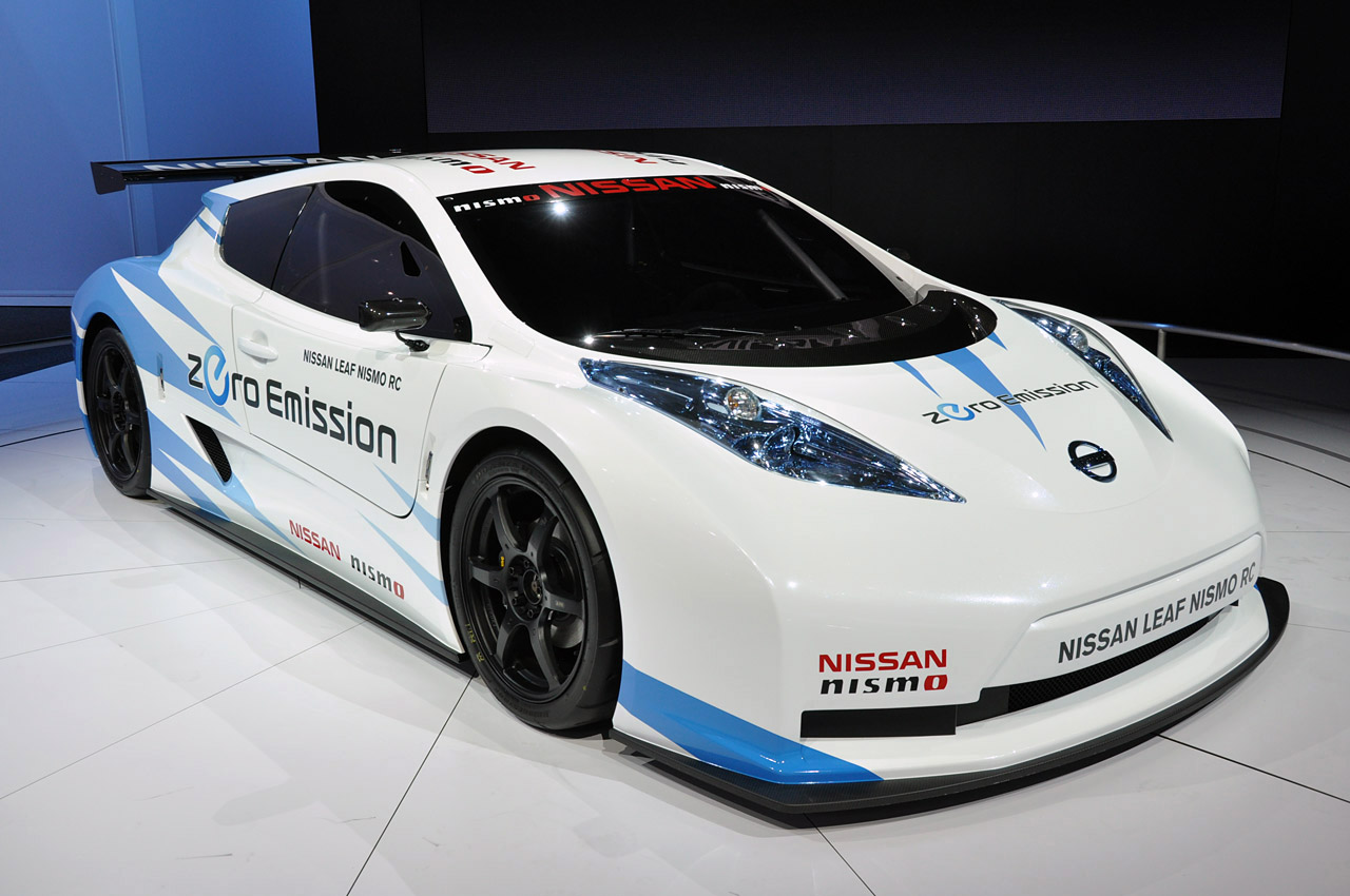 Nissan Leaf 2015 photo - 1