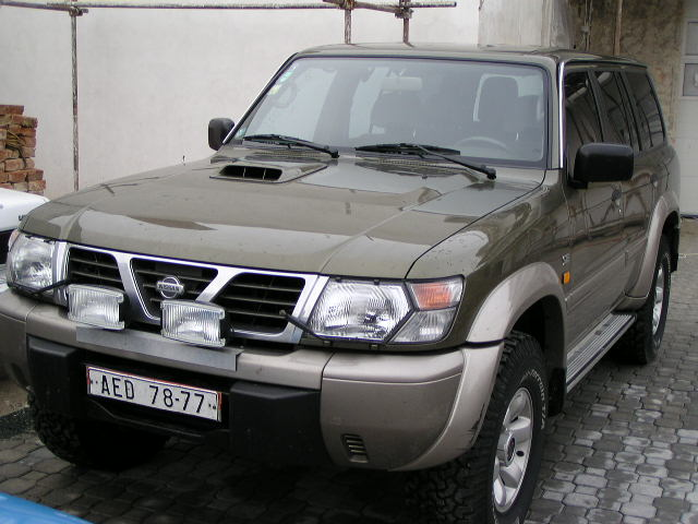 Nissan Patrol 1999 photo - 2