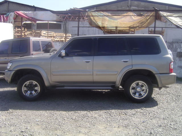 Nissan Patrol 2002 photo - 1