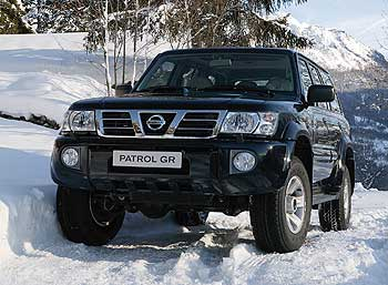 Nissan Patrol 2002 photo - 3