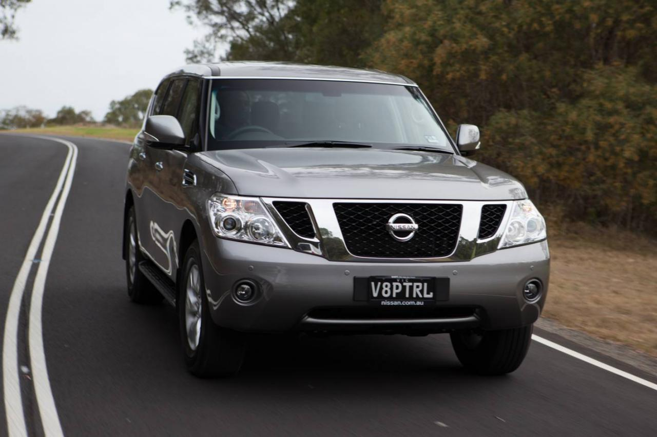 Nissan Patrol 2013 photo - 2