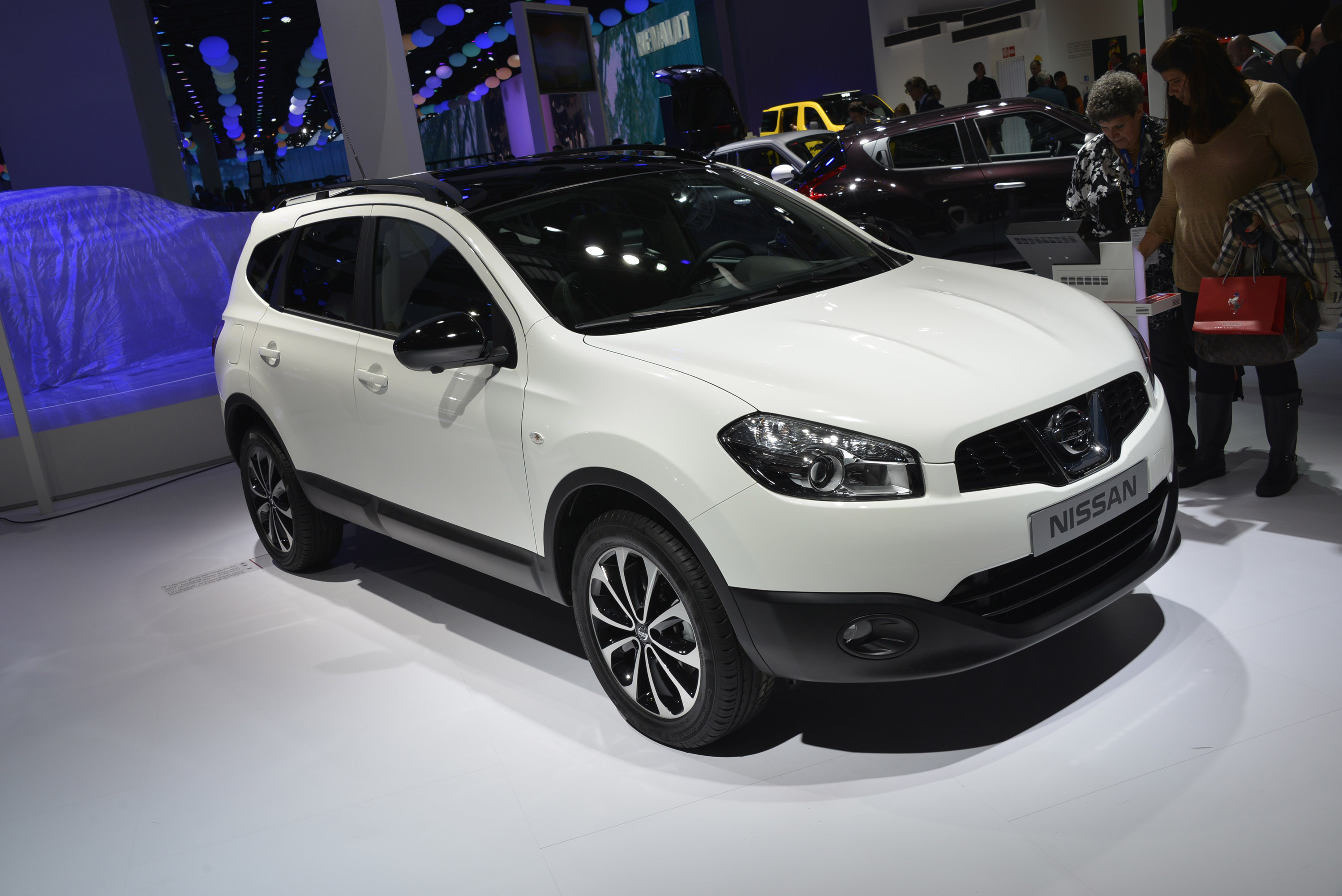 nissan qashqai 2013 review amazing pictures and images look at the car. Black Bedroom Furniture Sets. Home Design Ideas