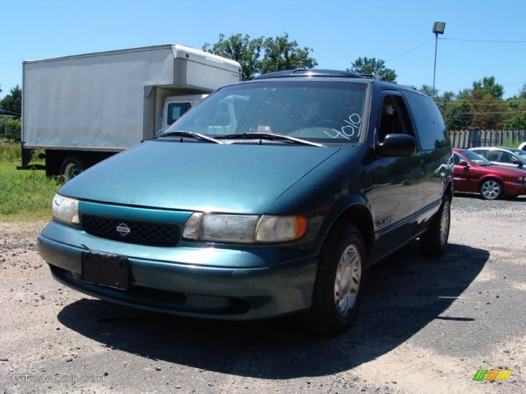 Nissan Quest 1997 photo - 2