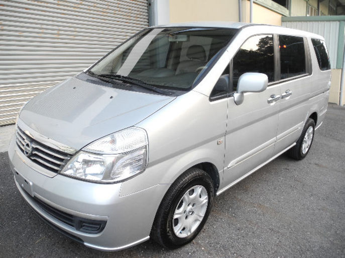 Nissan Serena 2009 photo - 1