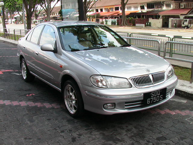 Nissan Sunny 2006 photo - 1