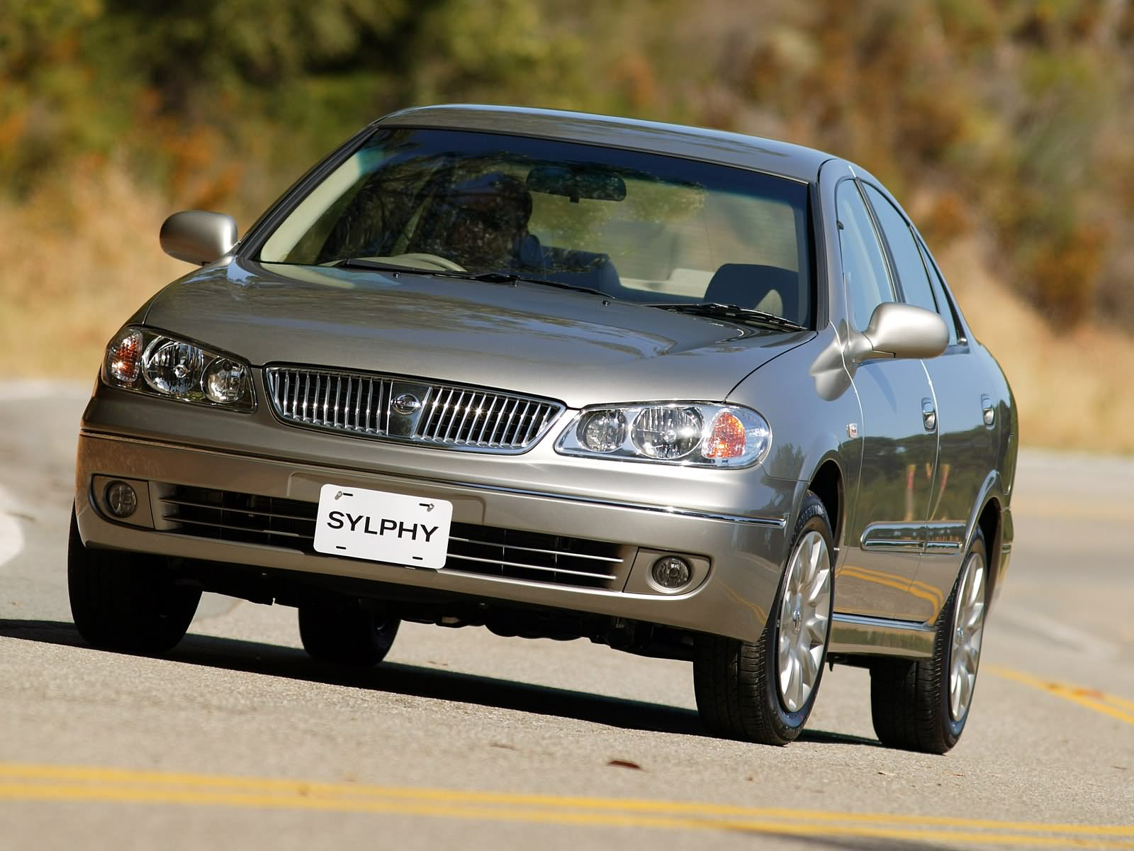 Nissan Sylphy 2004 photo - 3