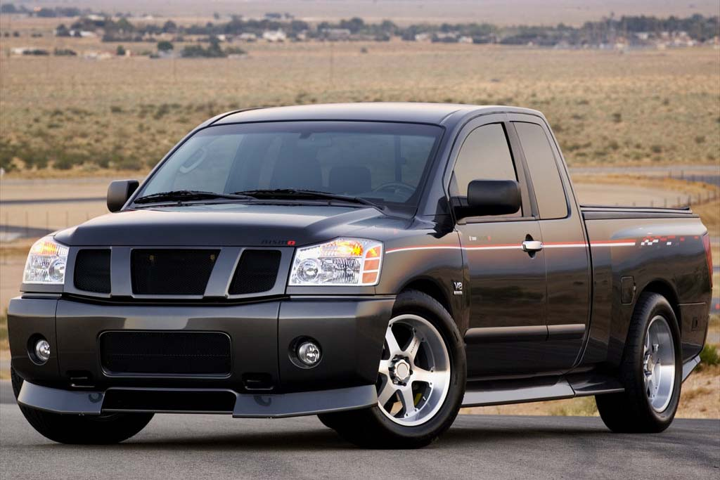 Nissan Titan 2005 photo - 2