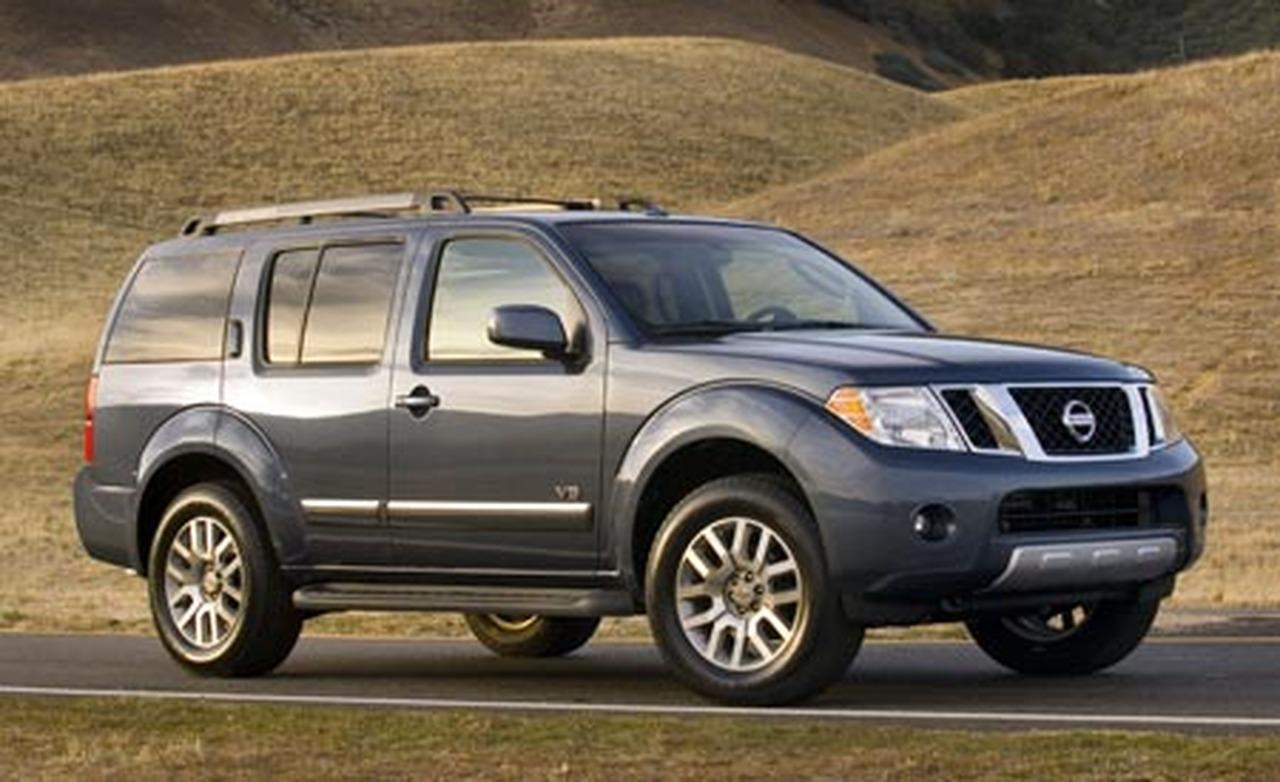 Nissan Titan 2014 photo - 3