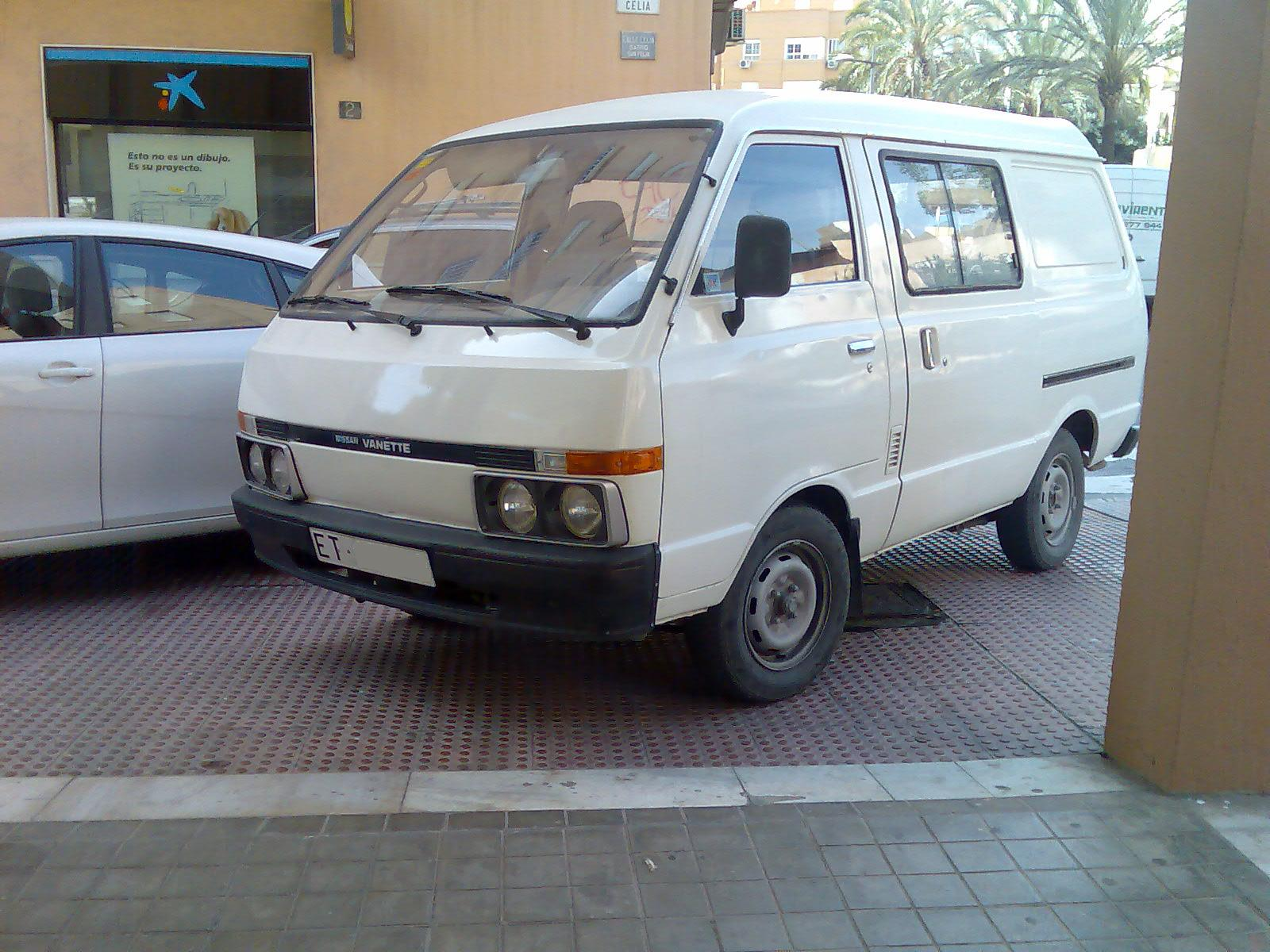 Nissan Vanette 1993 photo - 1