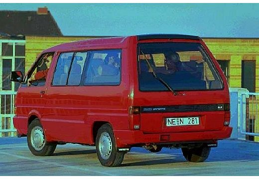 Nissan Vanette 1993 photo - 3