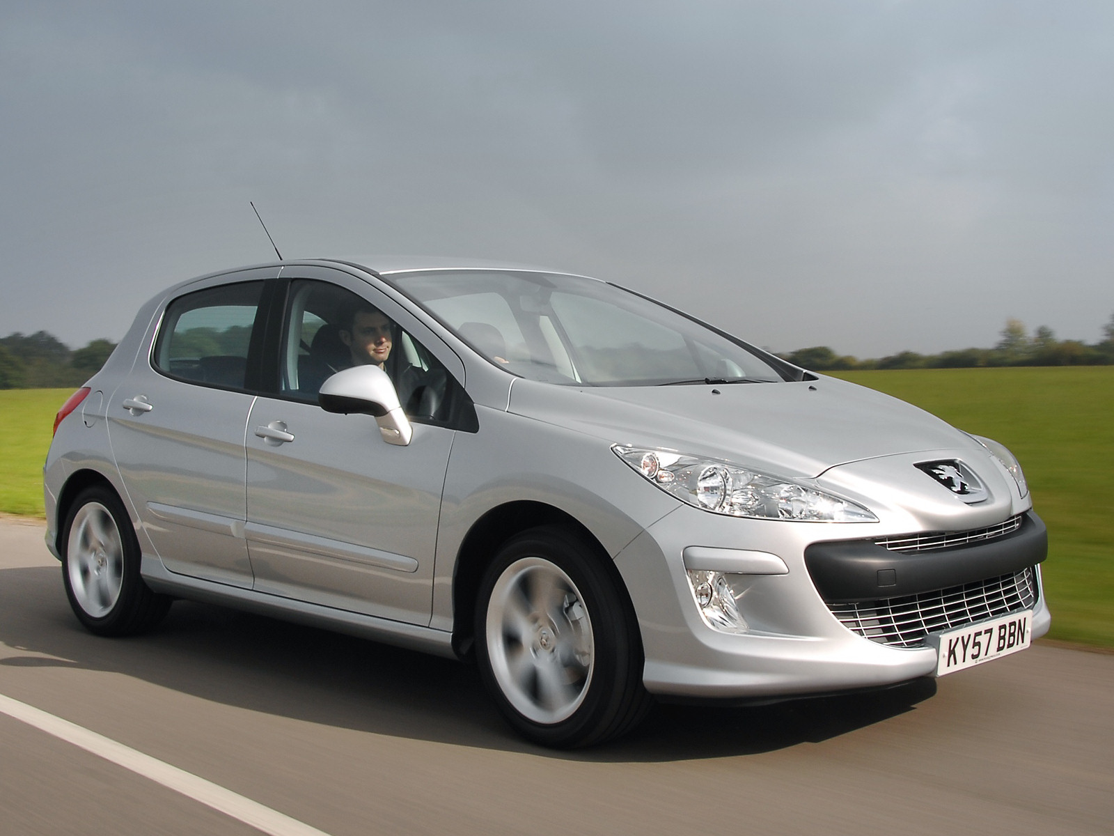Peugeot 308 2004 Review Amazing Pictures And Images