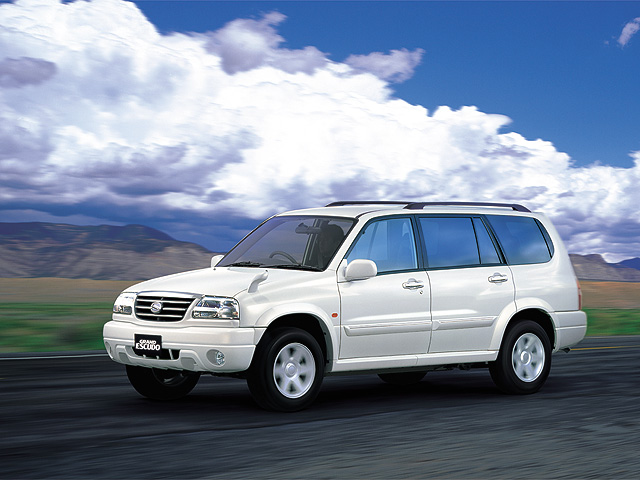 Suzuki Escudo 2010 photo - 1