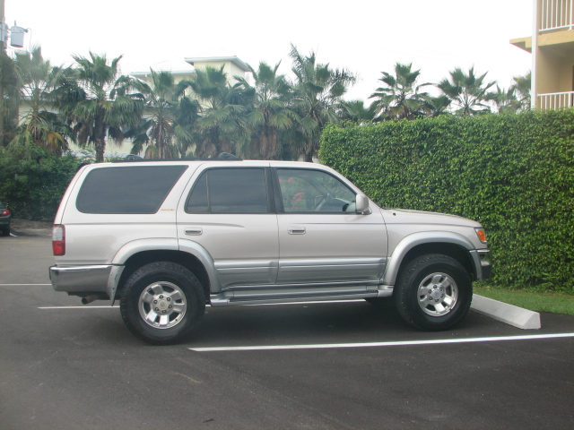 Toyota 4runner 1996 photo - 4