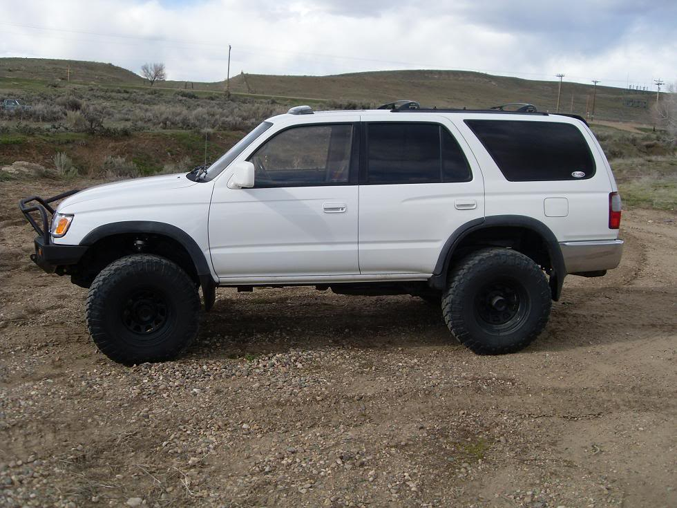 Toyota 4runner 1996 photo - 6