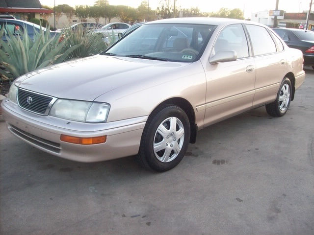 Toyota avalon 1996 photo - 2