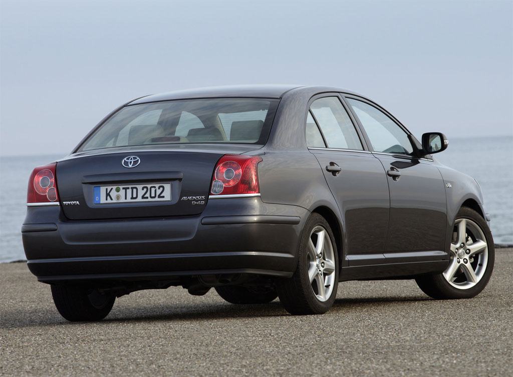 toyota avensis 2004 review amazing pictures and images look at the car. Black Bedroom Furniture Sets. Home Design Ideas
