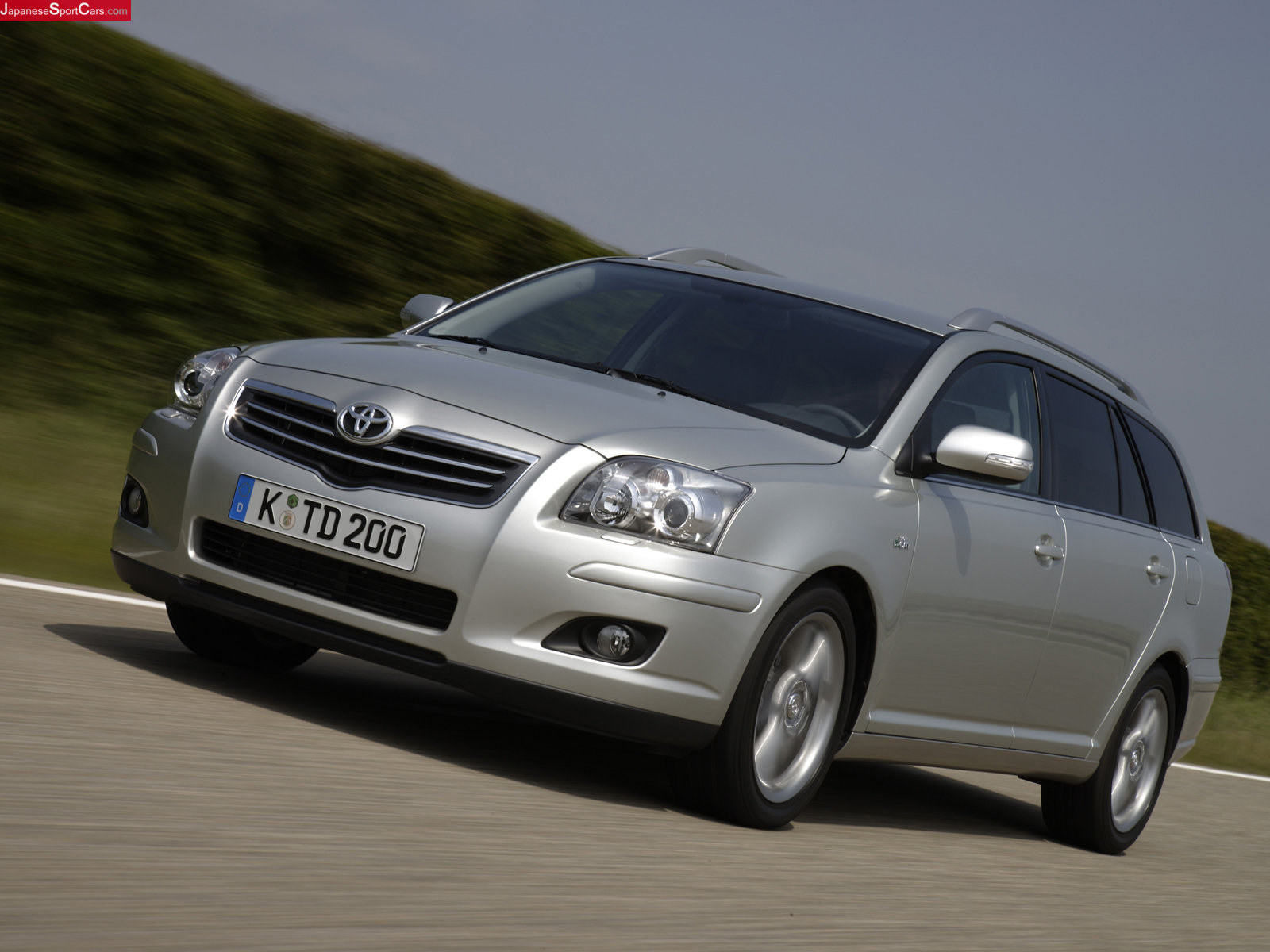 Toyota Avensis Wagon 2004 Review Amazing Pictures And Images