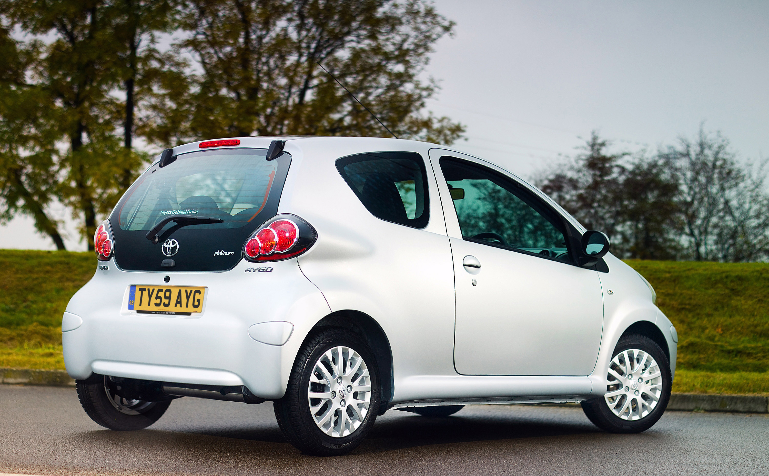 toyota aygo 2009 review amazing pictures and images look at the car. Black Bedroom Furniture Sets. Home Design Ideas