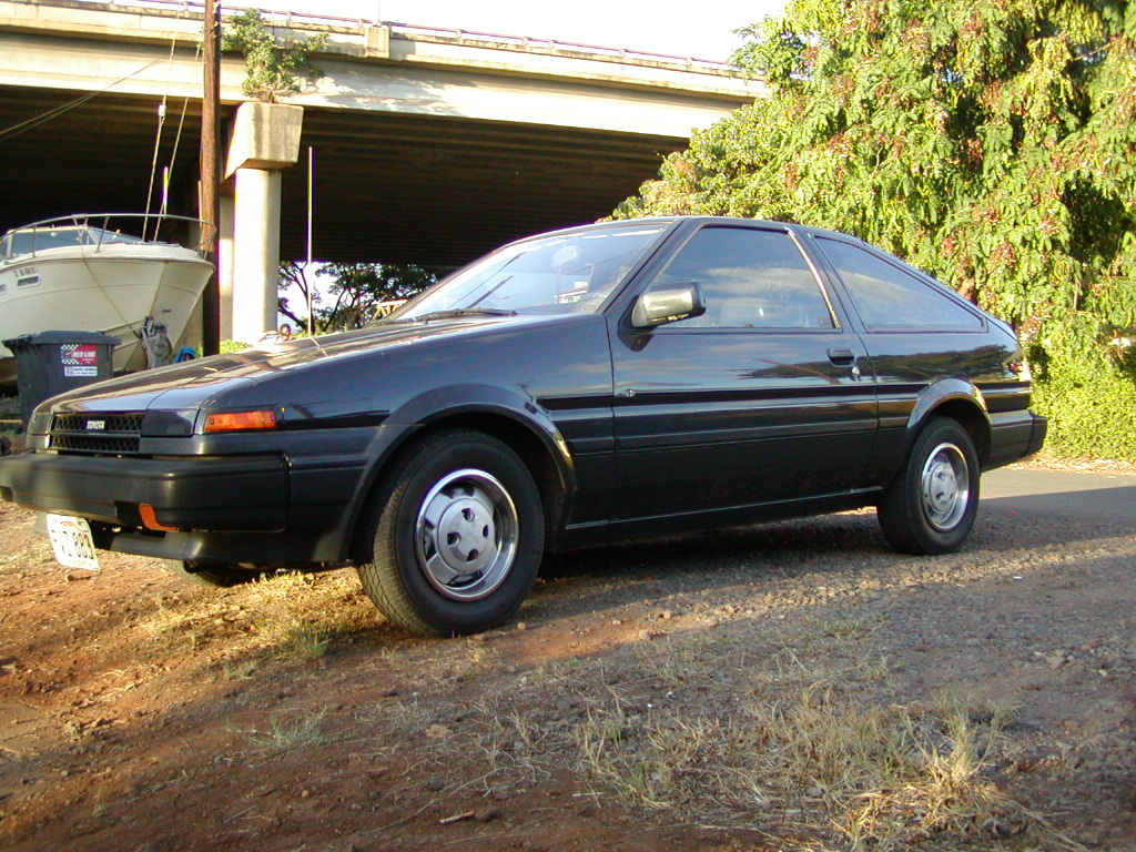Toyota Corolla 1985 photo - 1