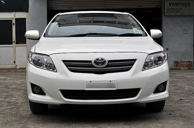 Toyota corolla altis 2009 photo - 3
