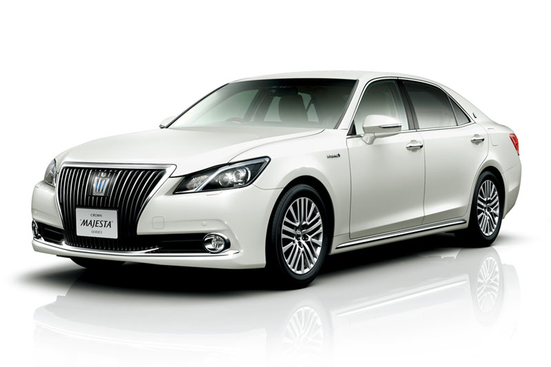 Toyota crown majesta 2014 photo - 3