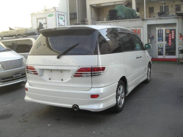 Toyota estima 2004 photo - 3