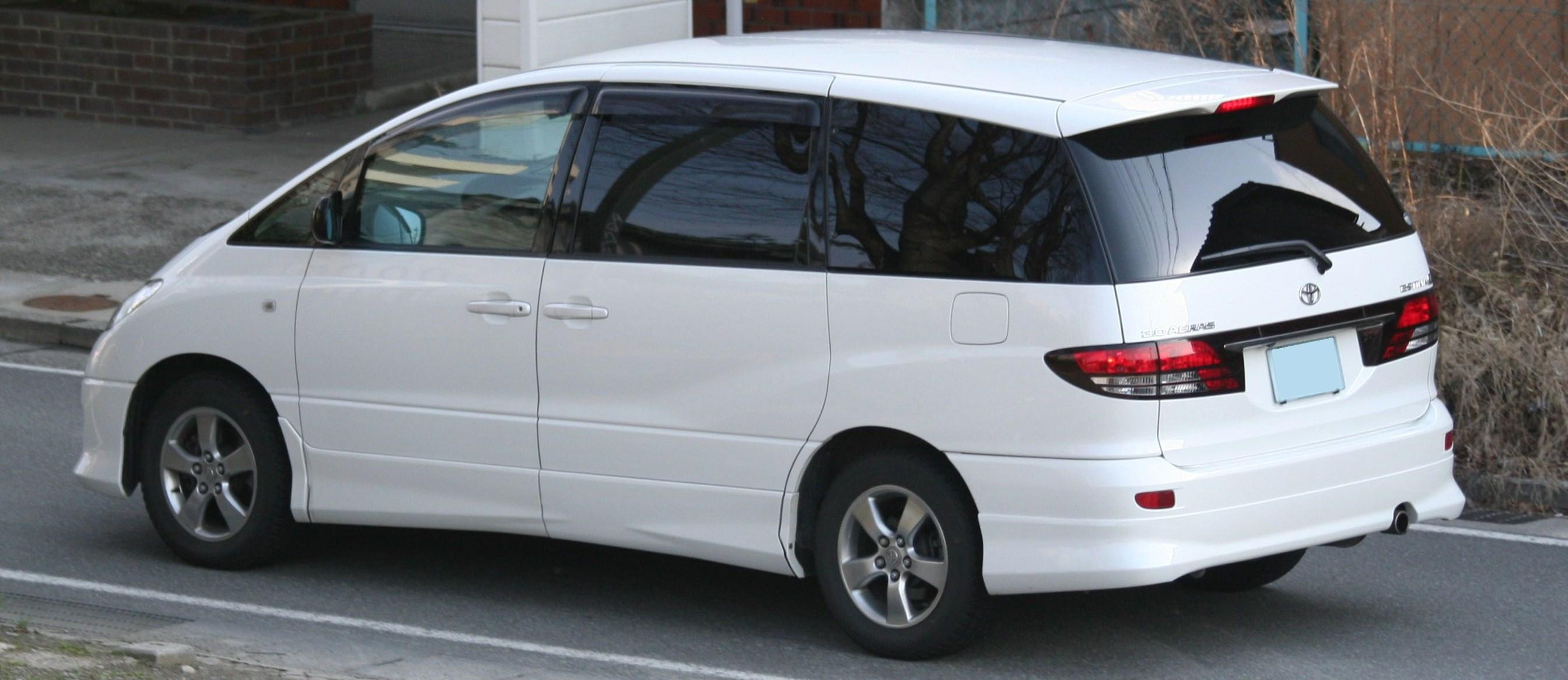 Toyota Estima 2009 photo - 1