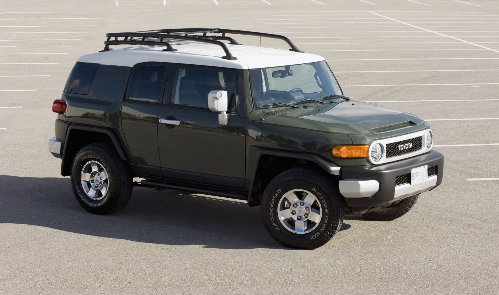 toyota fj cruiser 2010 review amazing pictures and. Black Bedroom Furniture Sets. Home Design Ideas