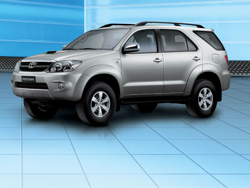 Toyota Fortuner 2005 photo - 4