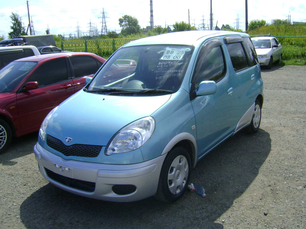 Toyota Funcargo 2003 photo - 5