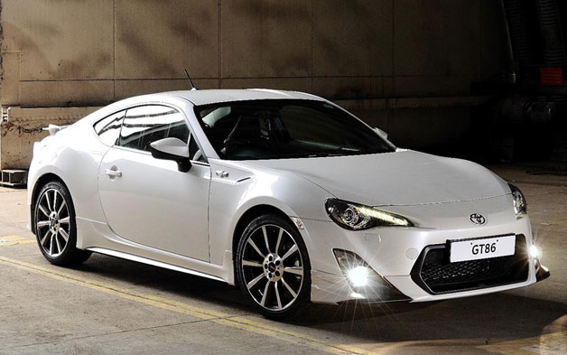 Toyota GT86 2013 photo - 2