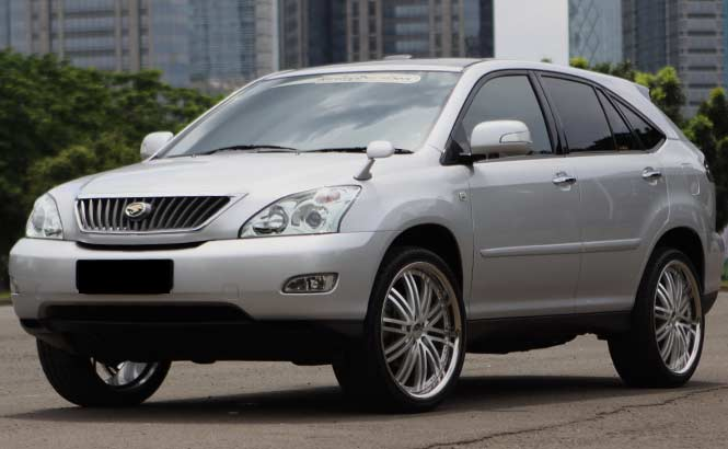 Toyota Harrier 2012 photo - 2
