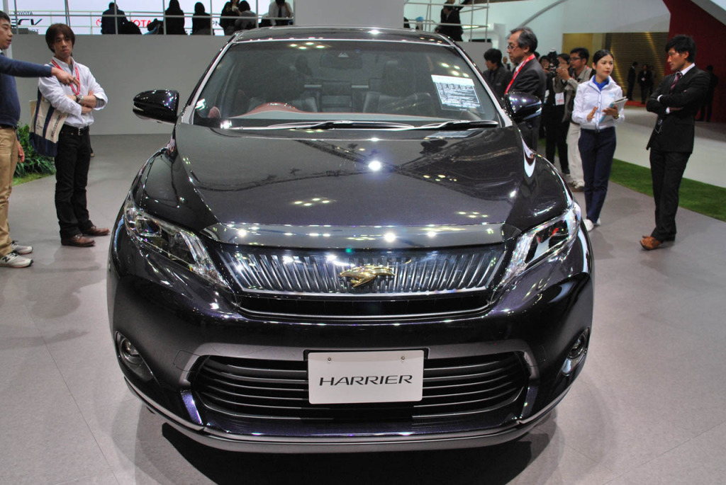 Toyota Harrier Hybrid 2015 photo - 4